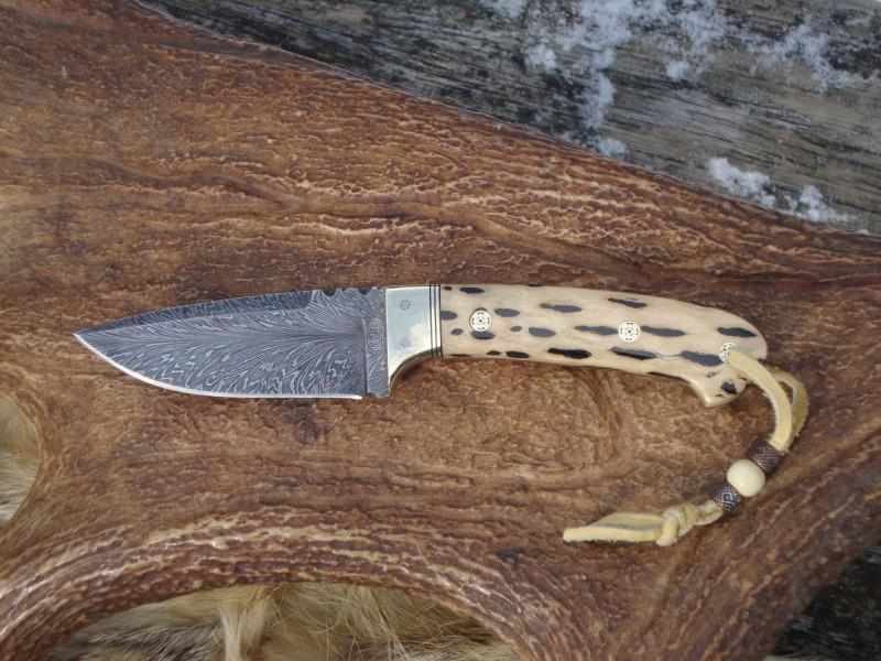 CHOLLA CACTUS HANDLE FEATHER PATTERN DAMASCUS BLADE WITH
