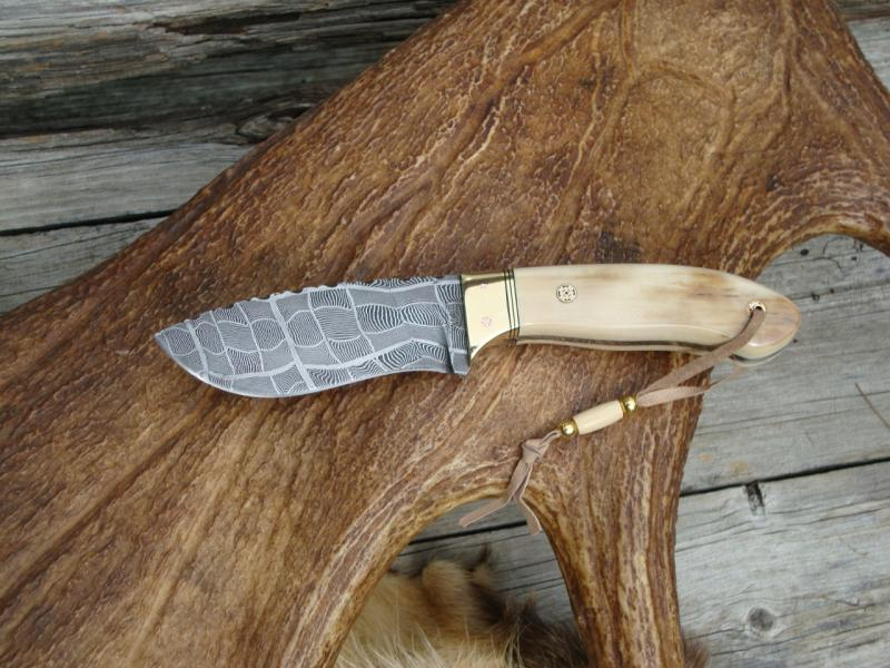 MAMMOTH IVORY HANDELS WITH SPIDER WEB DAMASCUS BLADE HUNTER FILE