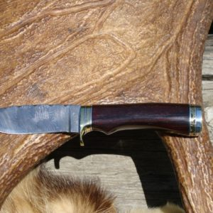 BOISE DE ROSEWOOD HANDLE TWIST DAMASCUS BLADE WITH FILE WORKED SPACER AND BLADE