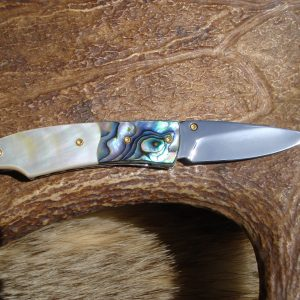 WHITE MOTHER OF PEARL WITH ABALONE SCALES CUSTOM POCKET KNIFE